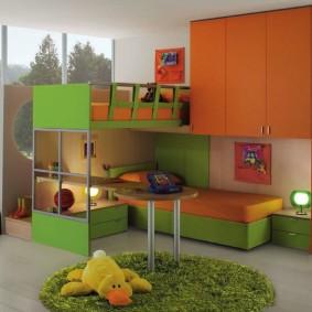 Детский гарнитур с кроватями и шкафами для одежды