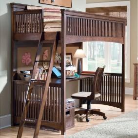 Деревянная детская мебель в классическом стиле