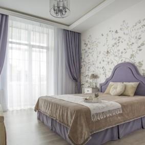 Сиреневые тона в интерьере спальни
