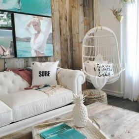 Деревянная отделка стены комнаты в морском стиле