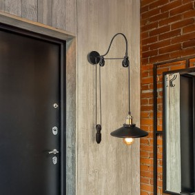 Настенный светильник в стиле лофт с регулировкой высоты