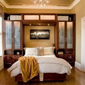 меблировка спальни прямоугольной формы