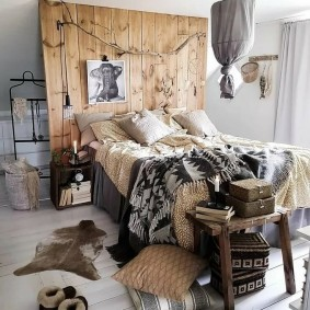 Оригинальный декор спальни в стиле бохо
