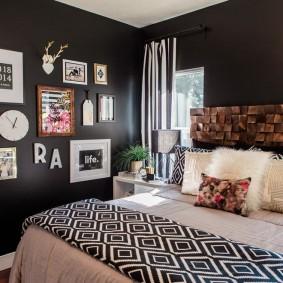 Декор темно-серой стены в спальне