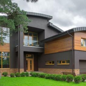 Современный дом с пристроенным гаражом