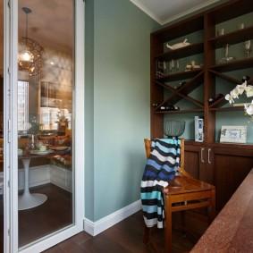 Домашний кабинет на теплой лоджии