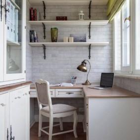 Письменный стол угловой формы