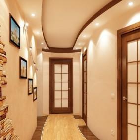 Комбинированный потолок с точечными светильниками