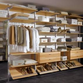Стеллажная система хранения вещей и одежды