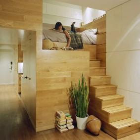 Кровать-чердак в двухъярусной квартире