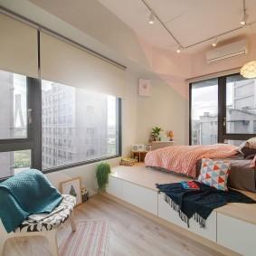 Устройство подиума в угловой спальне