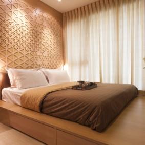 Декорирование стены над изголовьем кровати