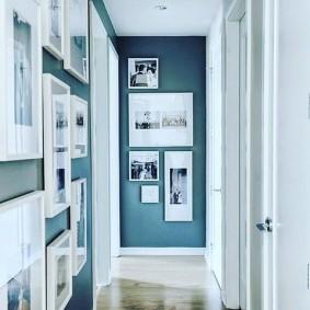 Декор фотографиями стен в коридоре