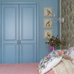 Голубой цвет в интерьере комнаты для мальчика