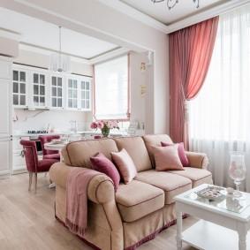 Розовые акценты в интерьере кухни-гостиной