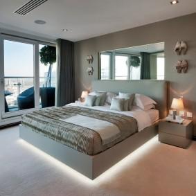 Декоративная подсветка кровати