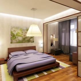 Двухспальная кровать на низком каркасе
