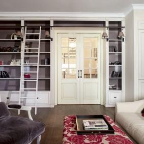 Встроенная мебель белого цвета