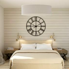 Светлая вагонка на стене спальной комнаты