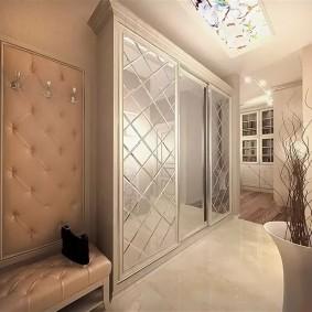 Неоклассический стиль в оформлении коридора