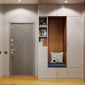 Освещение в коридоре со встроенной мебелью