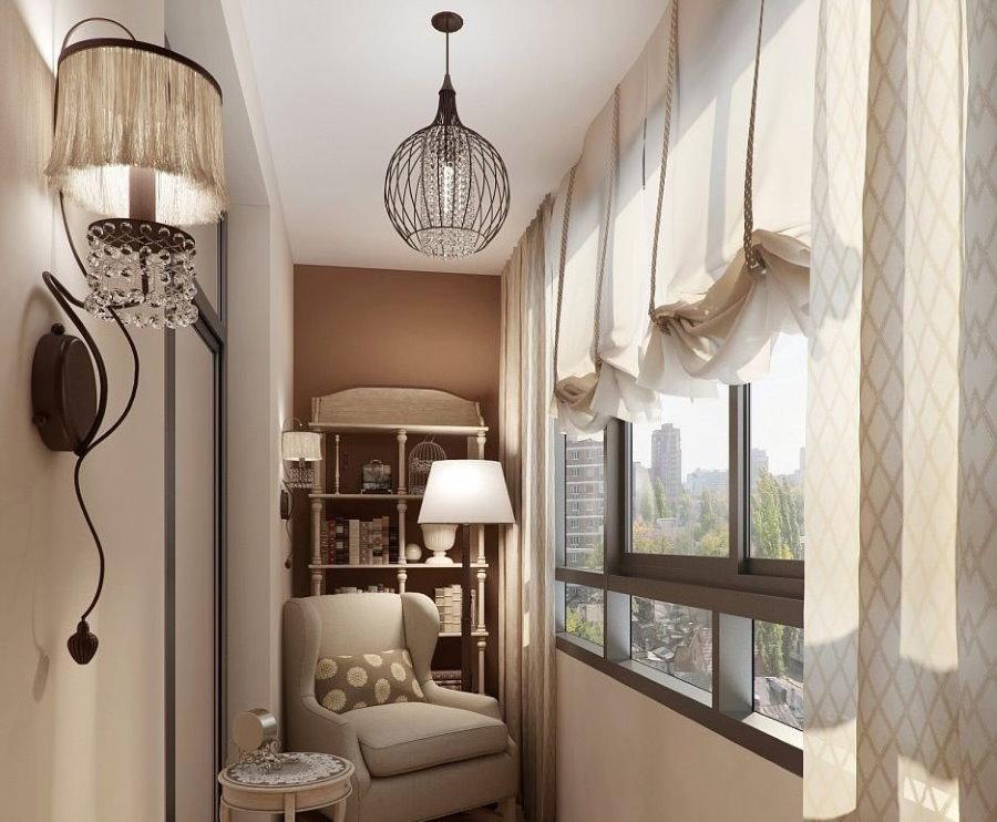 Декорирование балкона в стиле неоклассики