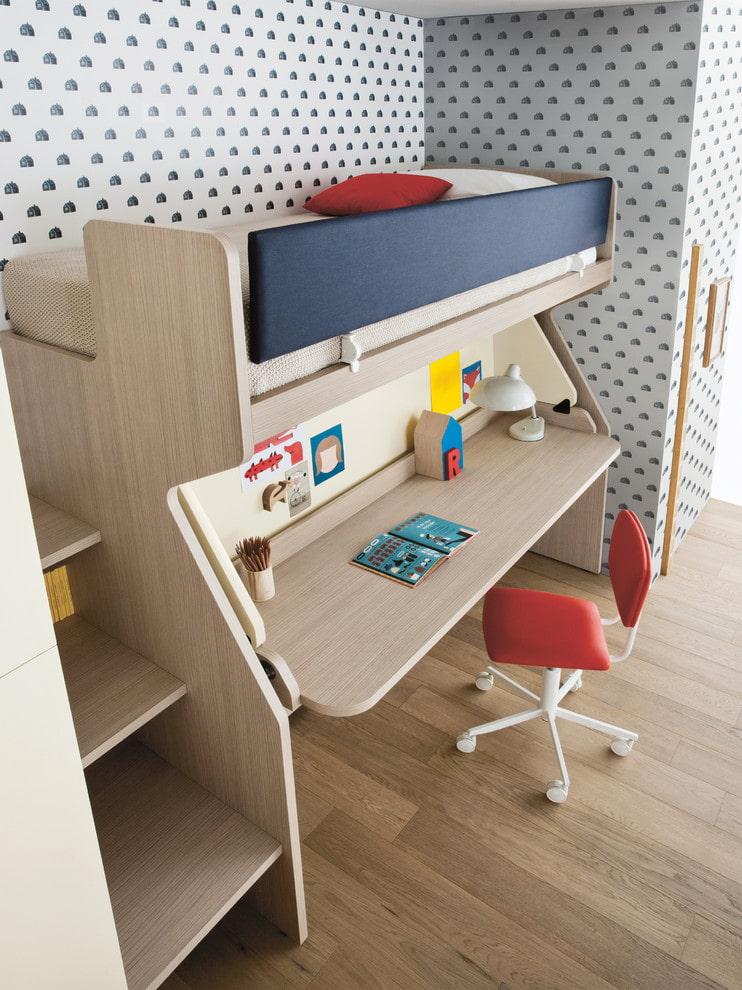 Детская кровать-чердак из ДСП с откидным столом