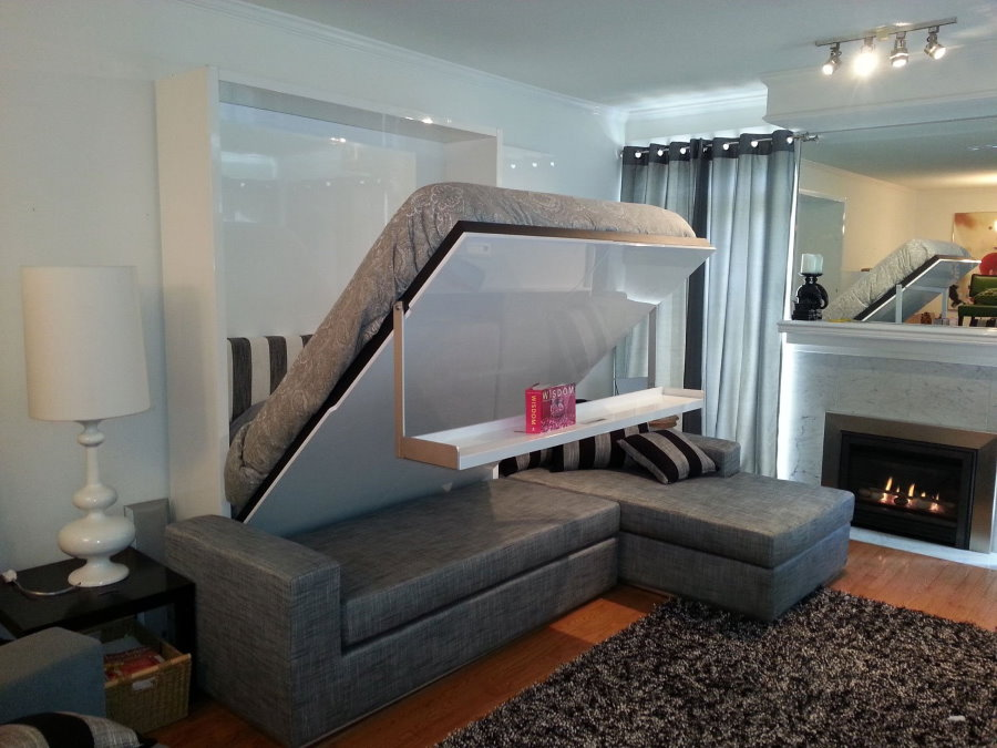 Диван-трансформер в гостиной комнате