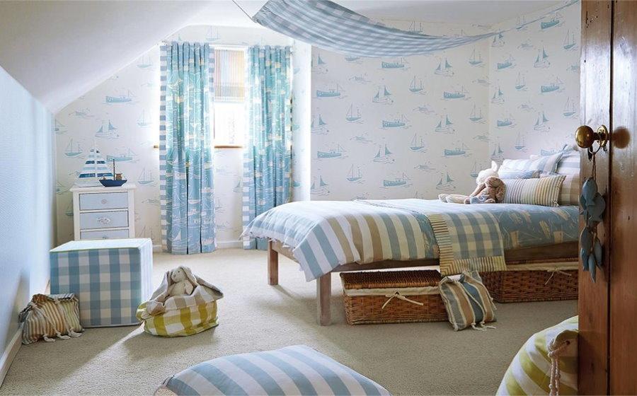 Интерьер детской комнаты для девочки в морской тематике
