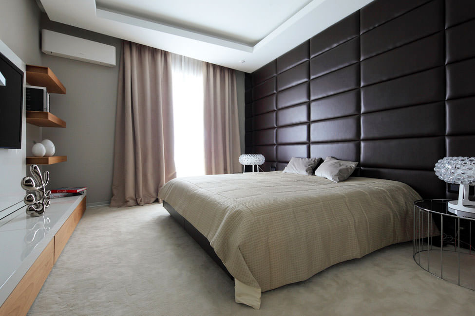 Мягкая стена в спальне стиля минимализма