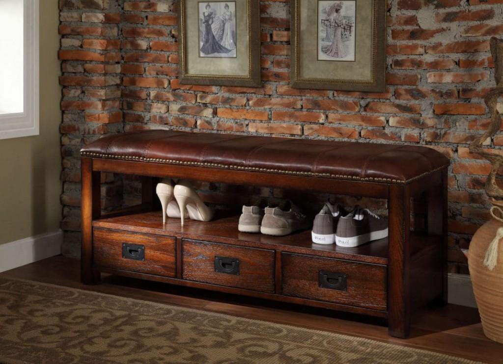 Деревянная обувница с сидением из натуральной кожи