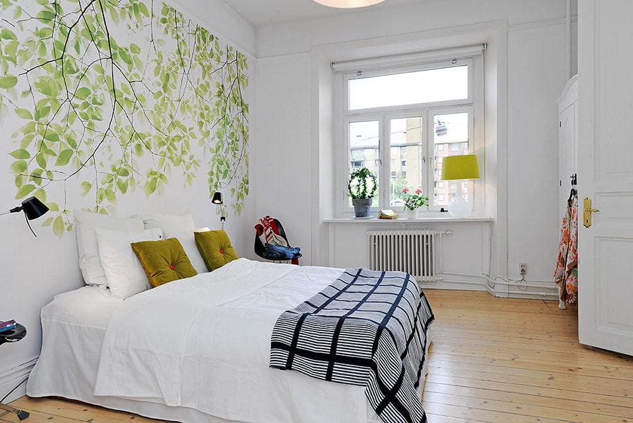 Оформление окна в спальне скандинавского стиля