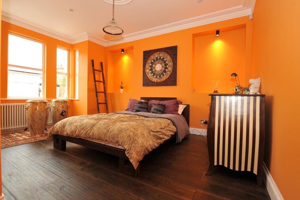 Окраска стен спальни в оранжевый цвет