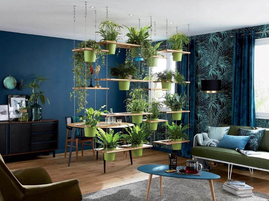 Вертикальное озеленение комнаты в современной квартире