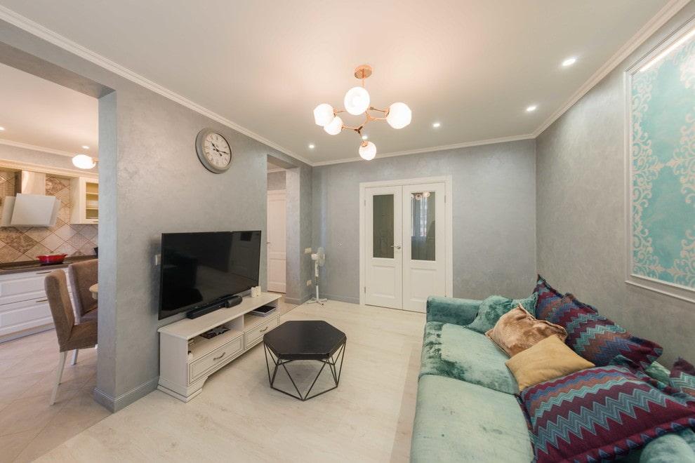 Планировка проходной гостиной в панельном доме