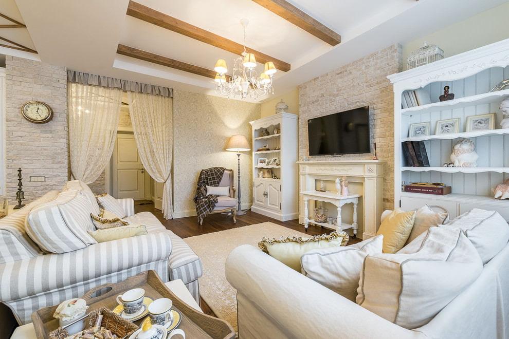 Цветовое оформление гостиной комнаты в деревенском стиле