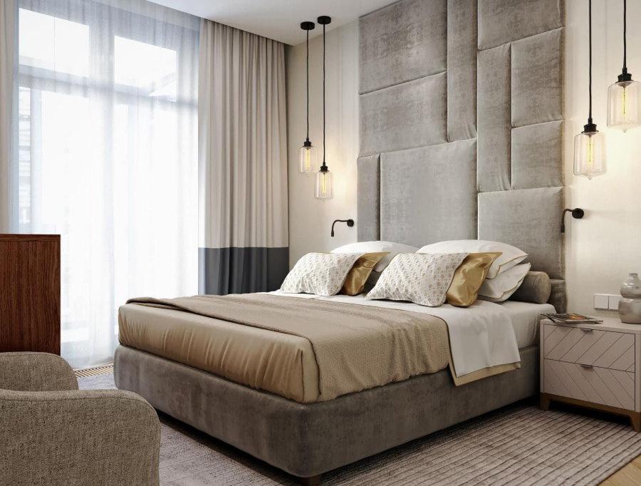 Серо-бежевая спальня в современной квартире