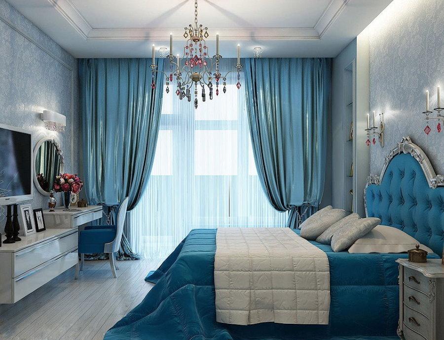 Голубые обои в интерьере спальной комнаты