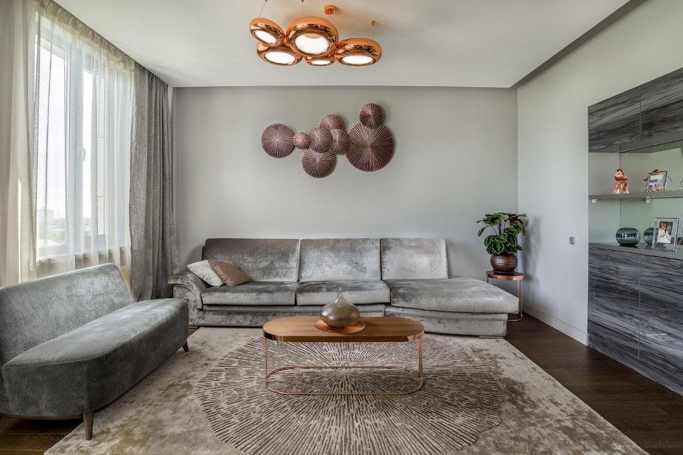 Меблировка серой гостиной в современном стиле