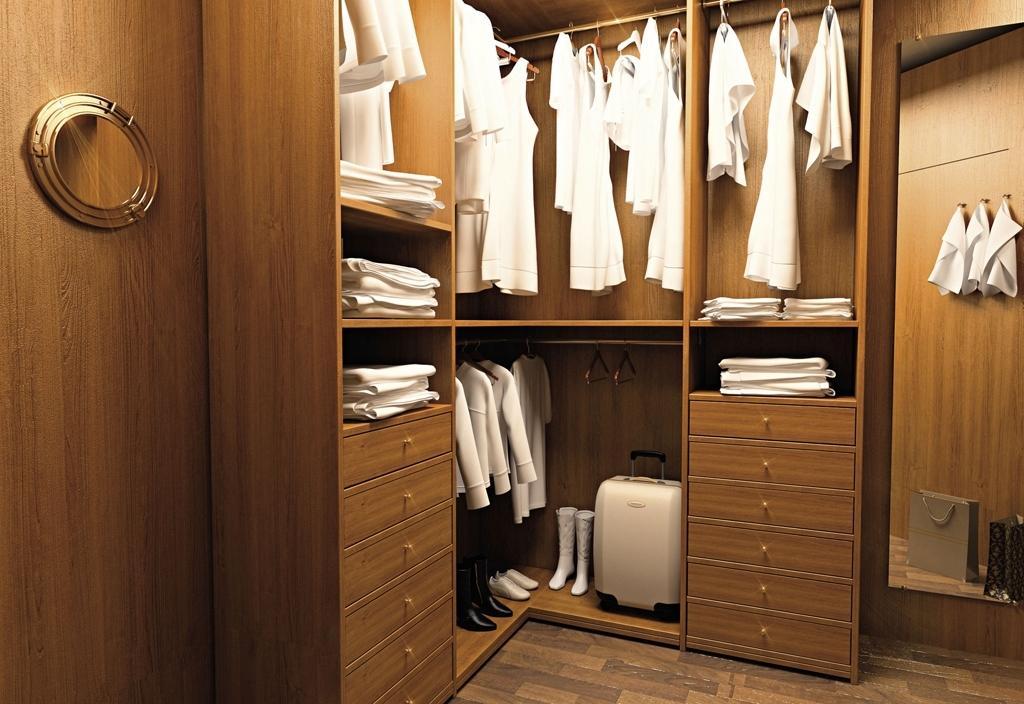 Угловой гардероб в женской спальне