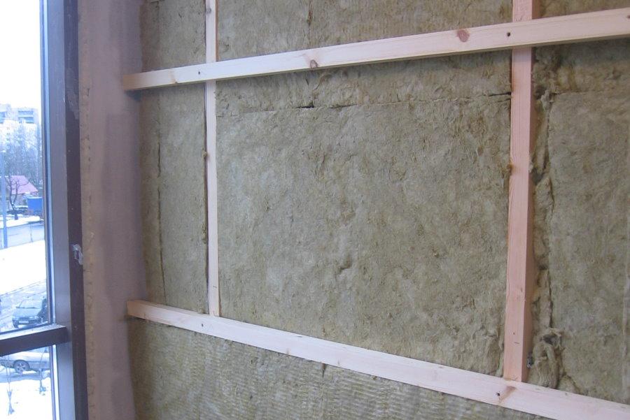 Утепление балкона минватой на деревянной обрешетке