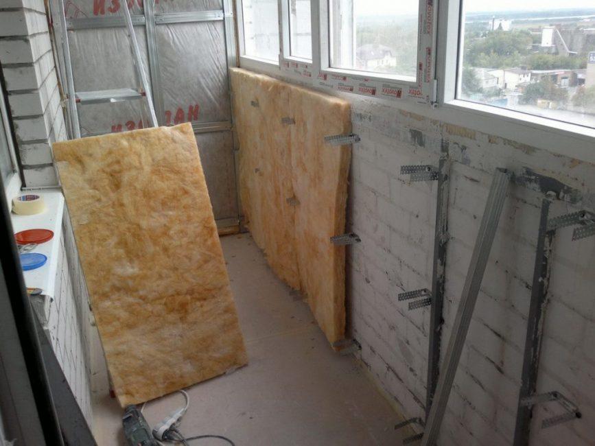 Утепление стен лоджии минеральной ватой