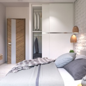 Встроенный шкаф с купейными дверями