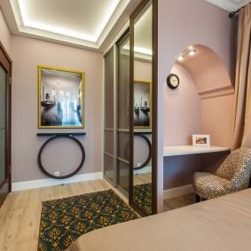 Небольшая комната Г-образной формы