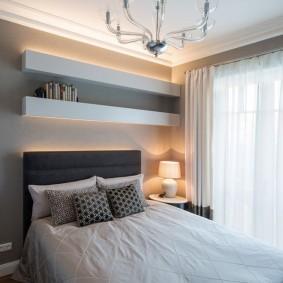 Декоративная подсветка в спальне маленького размера