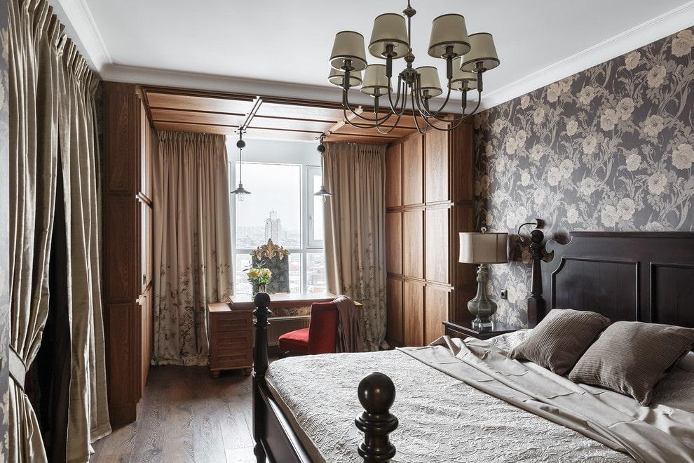 Зонирование отделкой спальни с балконом