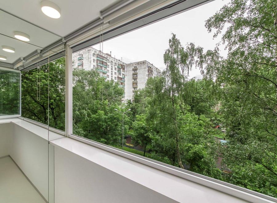 Безрамное остекление подходит только для холодного балкона