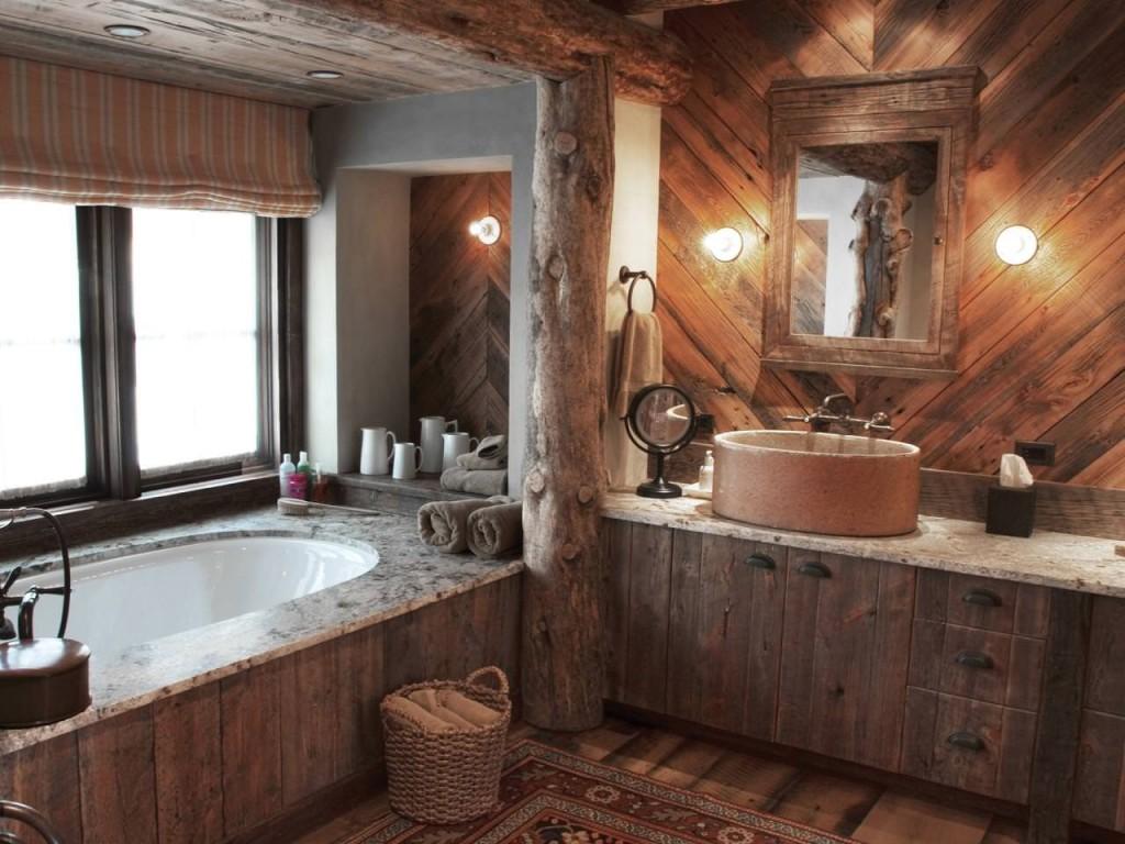 Интерьер ванной в деревянном доме в стиле кантри