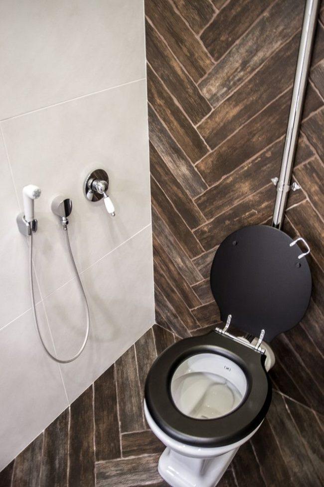 Рычаговый гигиенический душ над унитазом