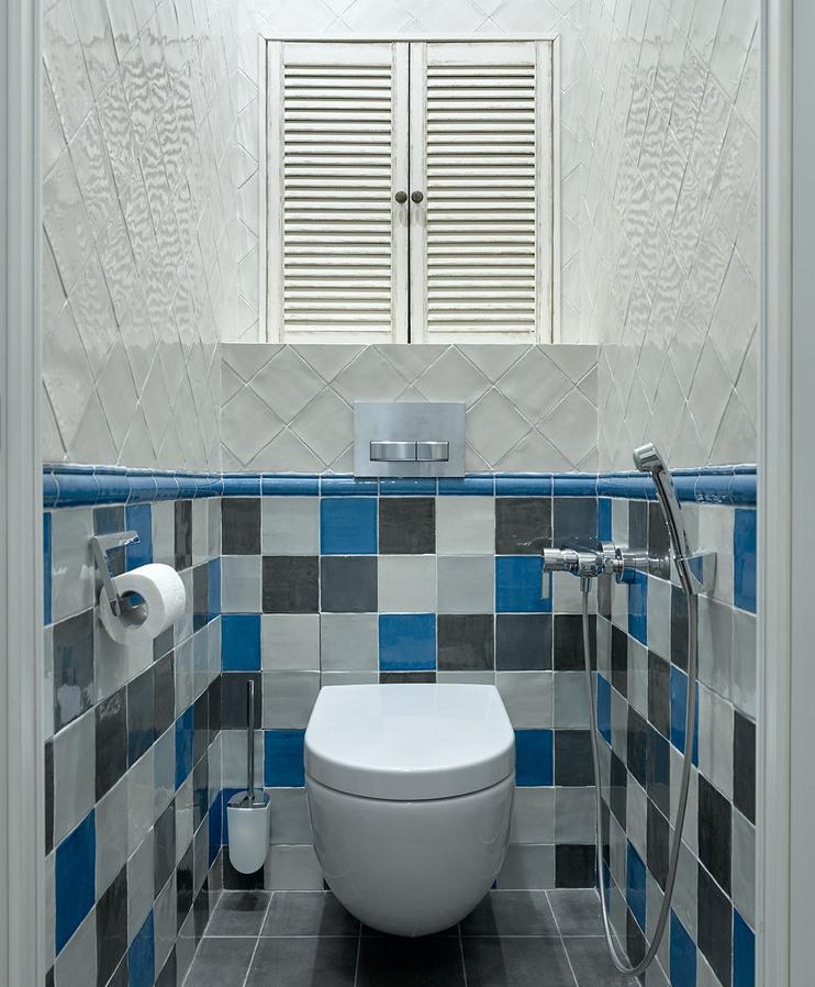 Гигиенический душ у подвесного унитаза